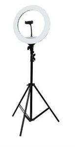 Кольцевая светодиодная лампа 16см с подставкой и креплением для двух устройств, черный